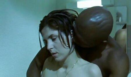 Evelyn folla como una guapa porno español torrent con su amante