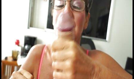 Mamá con grandes tetas se peliculas porno completas online gratis folla a su hijo