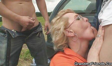 Sexo de una españolas xxx pareja casada en un acogedor trakhodrom