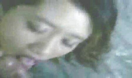 Masturbandome videos porno de fakings con el novio