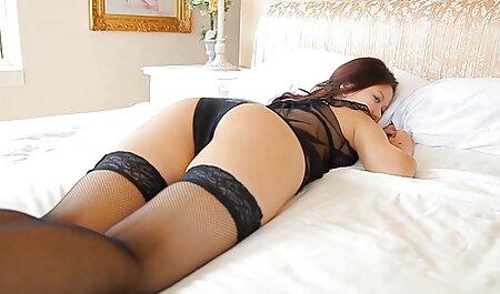 Un tipo afortunado porno sensual español fríe a la querida de piernas largas Luna Star