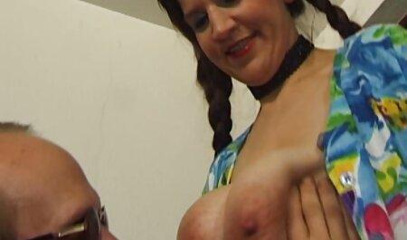 Marido se folla a su esposa por el coño y por el prono española culo