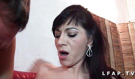 Trabajando a través videos porno free en español de la cama